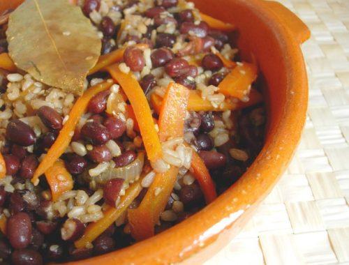 Azuki con arroz Tahini y salsa de soja